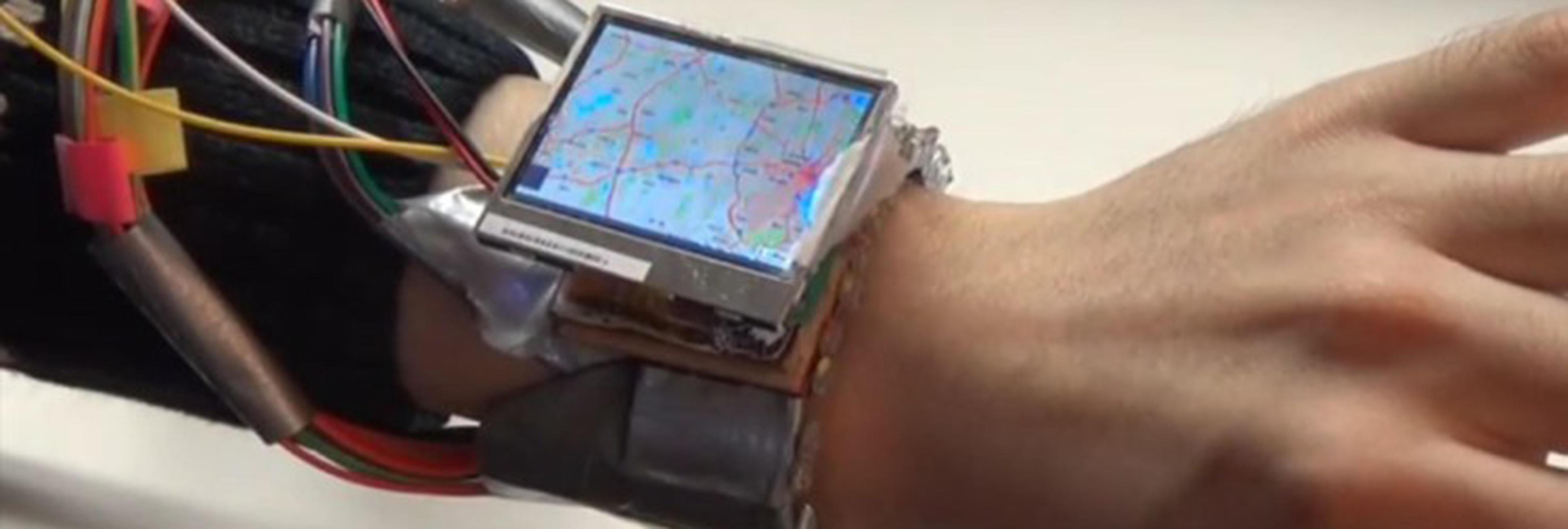 Invento: un reloj inteligente que puedes controlar moviendo tu mano