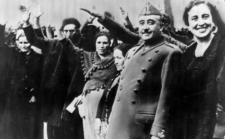 Franco y el saludo Fascista