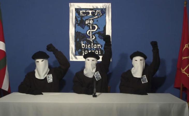 ETA anunció el 20 de octubre de 2011 el cese de su actividad