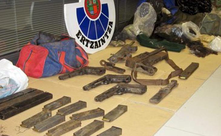 Algunas de las armas encontradas en los últimos 5 años