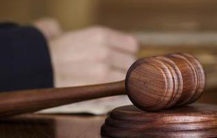Le condenan a 60 días de cárcel por violar a su hija de 12 años