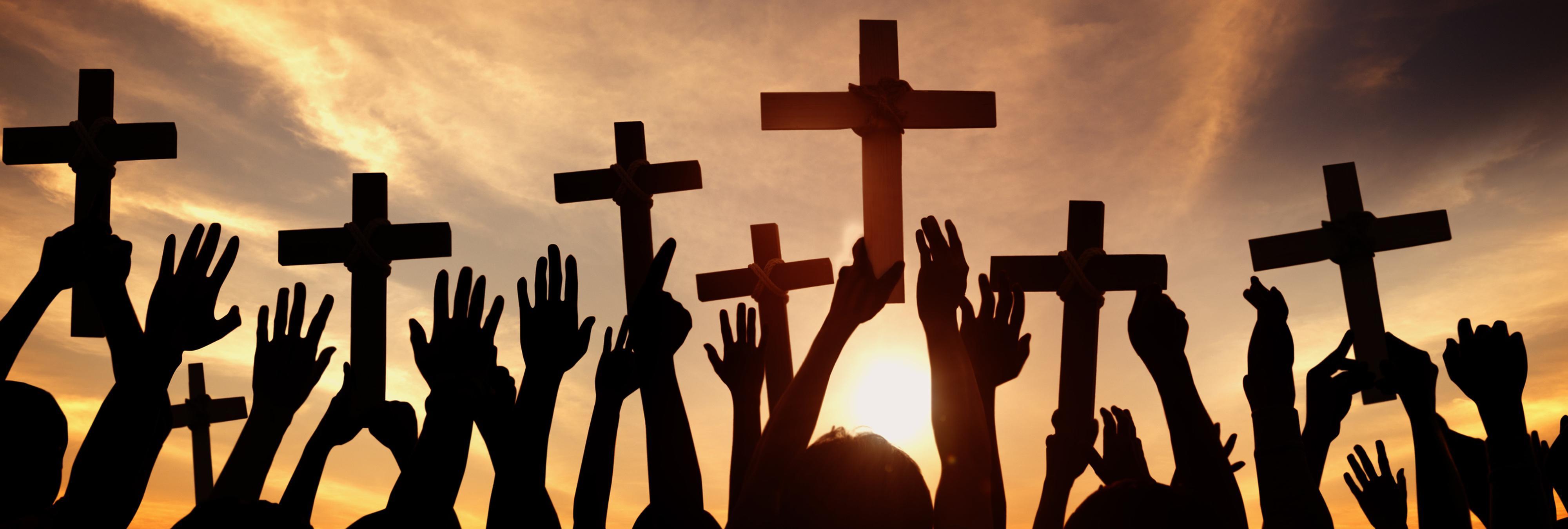 """Le expulsan de la Iglesia por negarse a recibir """"terapia de conversión"""" para homosexuales"""