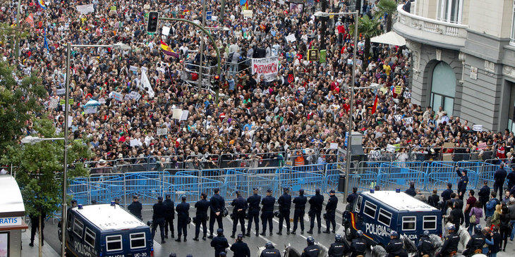 Alberto Garzón ya ha dicho que irá al Rodea el Congreso que tendrá lugar el día de la investidura de Rajoy
