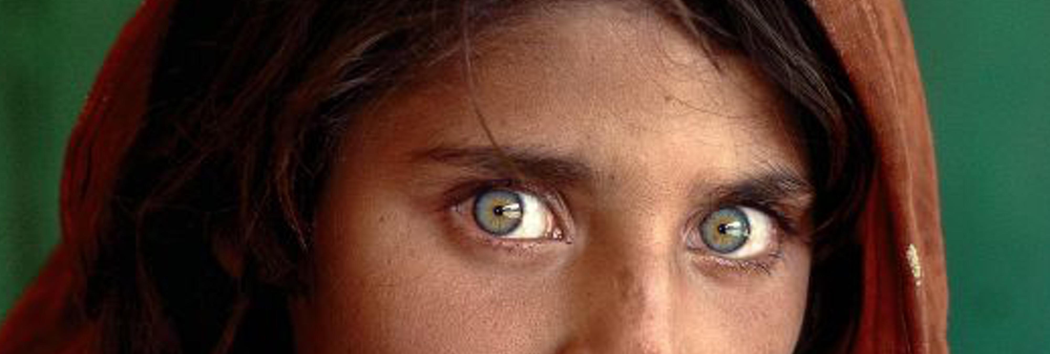 Detienen a la niña afgana portada de National Geographic