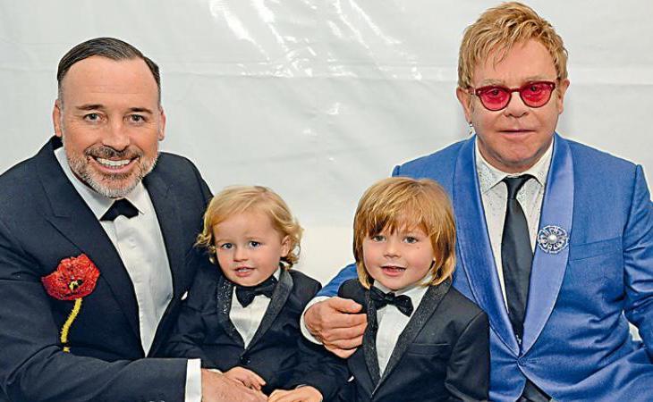 La familia de Elton John