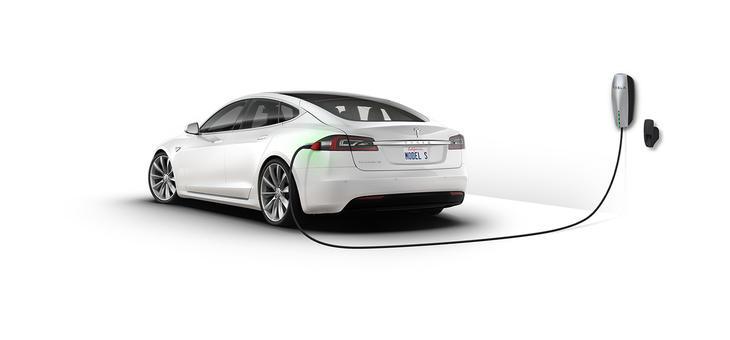 El Model S de Tesla consiguió borrar aquel mito de los coches eléctricos como coches ineficientes