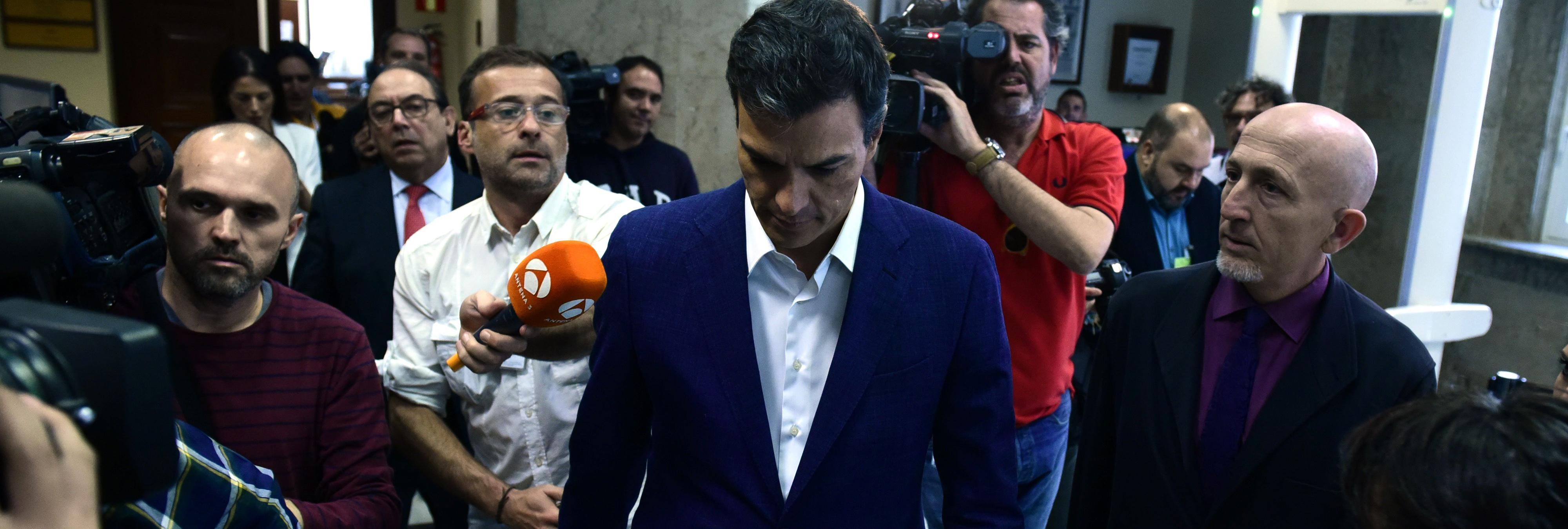 Las frases más contundentes de la renuncia de Pedro Sánchez a su escaño