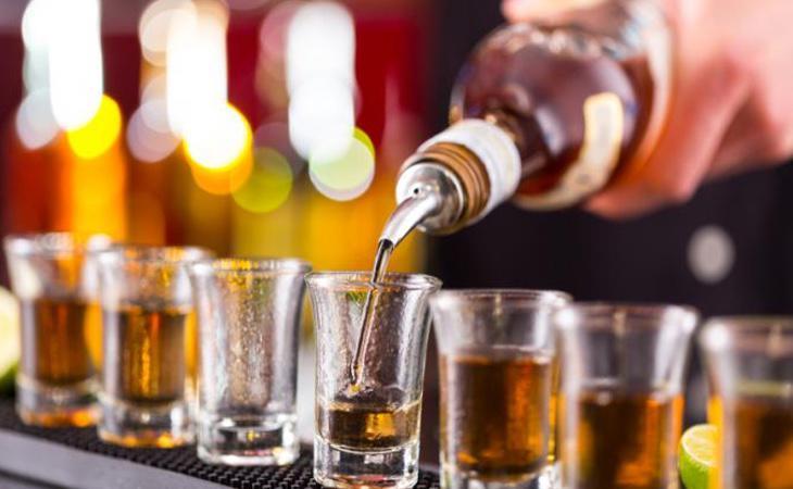 Los menores adquieren fácilmente bebidas alcoholicas