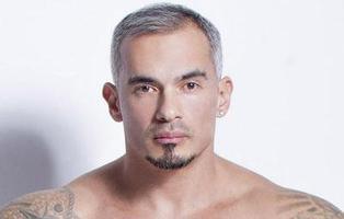 El PP denuncia que un actor porno gay diera una charla a jóvenes sobre sexo seguro