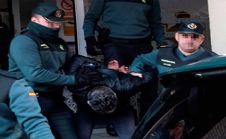 Bernardo Montoya en su traslado a la cárcel