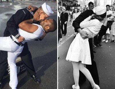 Una pareja gay recrea un icónico beso y los homófobos la lían