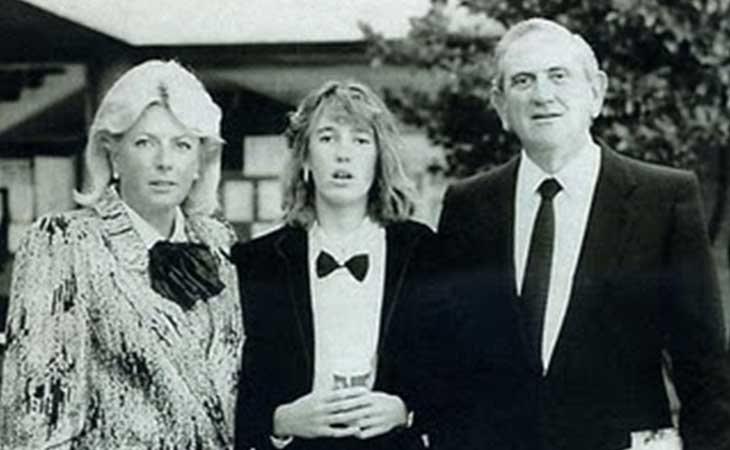 Anabel Segura con sus padres