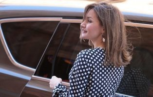 Tiaras de 50.000 euros: así son los 'caprichos' del joyero de lujo de la Reina Letizia
