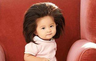 La nueva modelo de Pantene en Japón: una bebé con pelazo