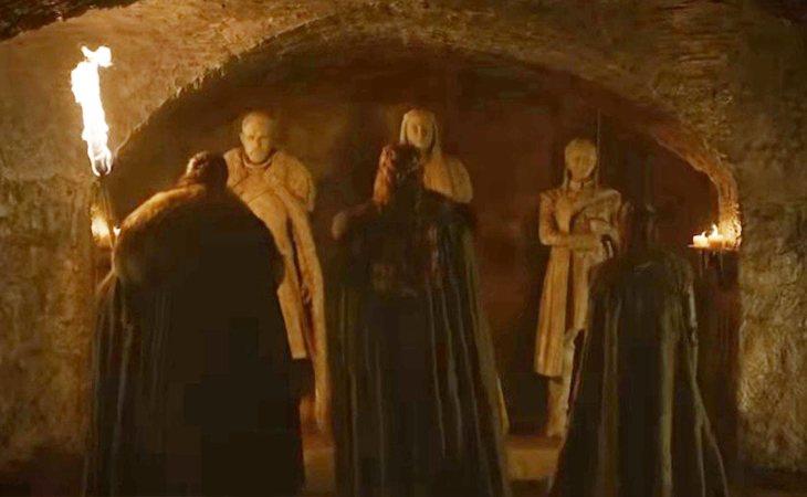 Jon, Sansa y Arya se encuentran con sus propias tumbas