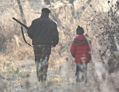 Muere un niño de cuatro años al recibir un disparo en una cacería