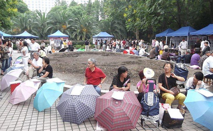 El mercadillo de solteros está cada día en Shanghái