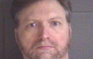 Grave agresión racista en EEUU: un hombre propina un brutal puñetazo a una niña negra