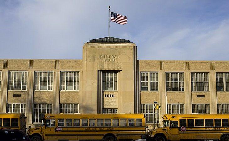 Sigue habiendo problemas de bullying que la escuela ignora   DailyMail