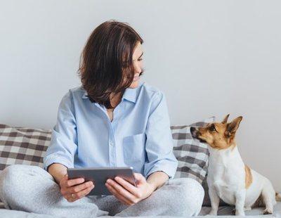 Las personas que hablan con su mascota son más inteligentes, según un estudio