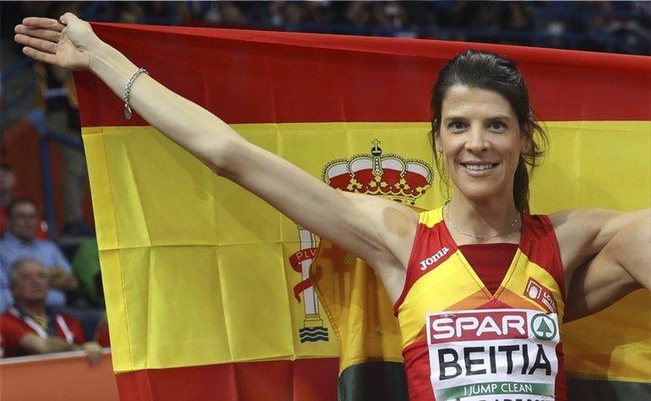 La medallista Ruth Beitia llegó a convertirse en candidata formal a la presidencia de Cantabria por el PP
