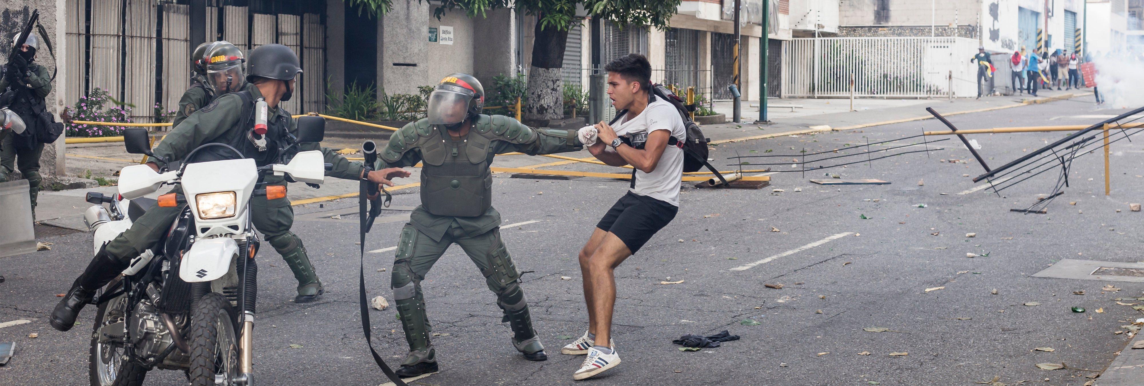 ¿Realmente hay posibilidades de que Venezuela termine sumida en una guerra civil?