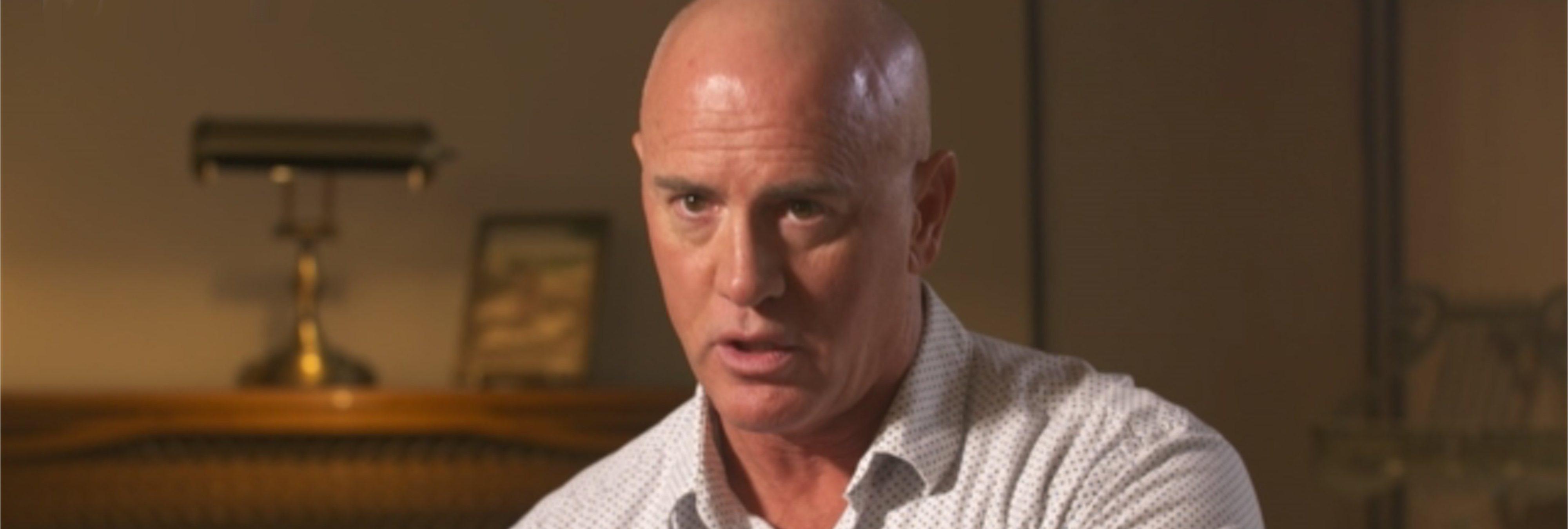 """El terapeuta gay que """"curaba la homosexualidad"""" se disculpa por el daño ocasionado"""