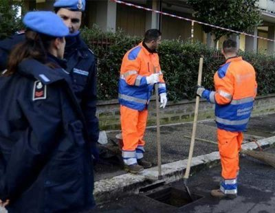 Italia pone a trabajar a sus presos limpiando las calles y asfaltando carreteras
