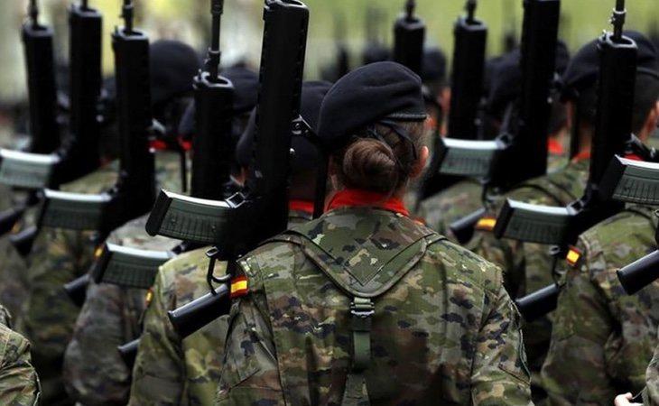 Ir en contra de un dictador si eres militar puede ser una falta en nuestro país