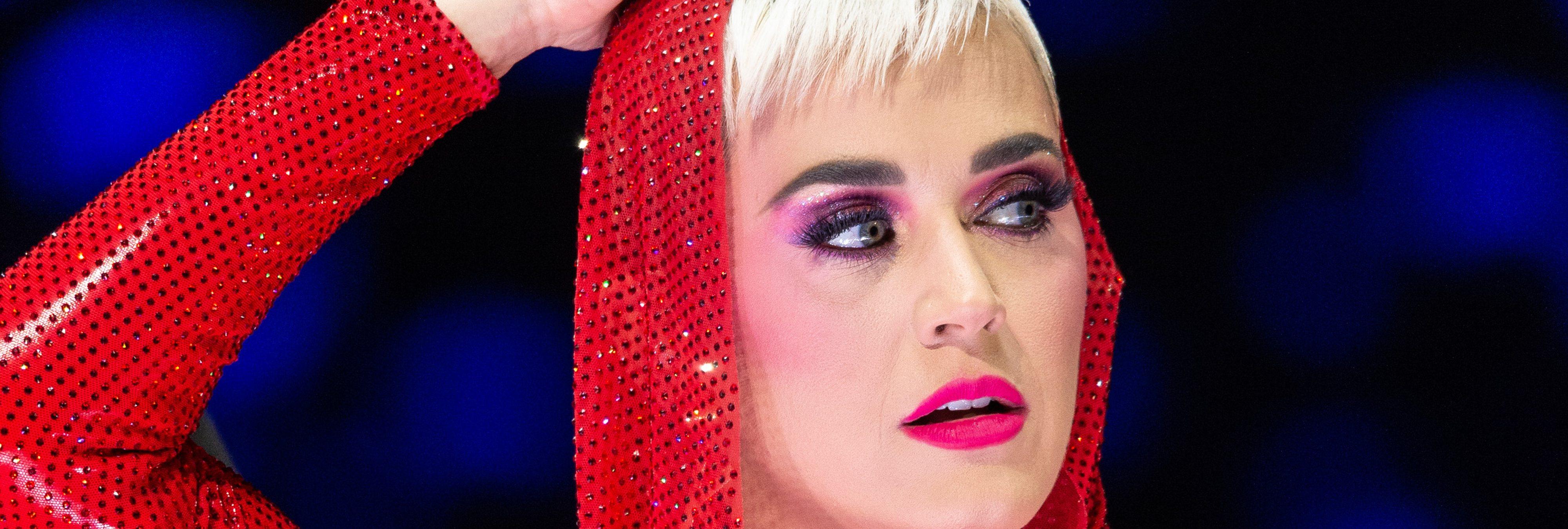 Los zapatos diseñados por Katy Perry han sido retirados al considerarse racistas