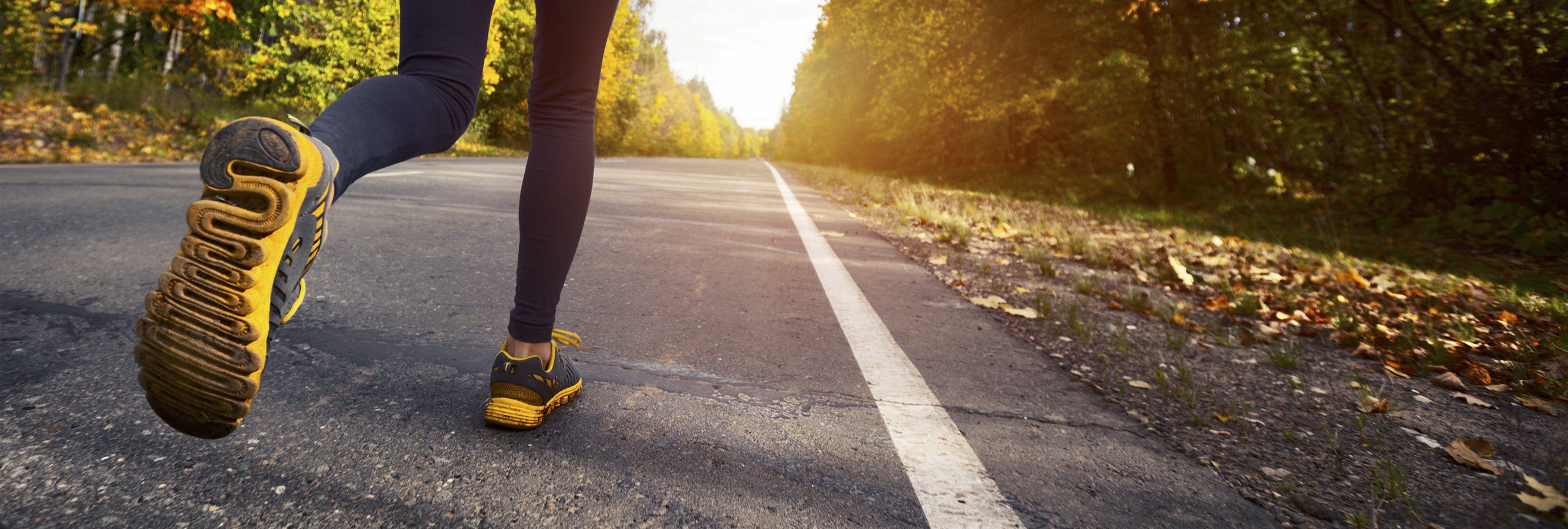 Lanzan unas zapatillas y cucharas inteligentes que avisan cuando toca empezar con la dieta