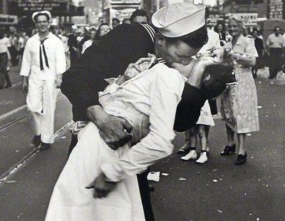 Muere el marinero del icónico beso en Times Square