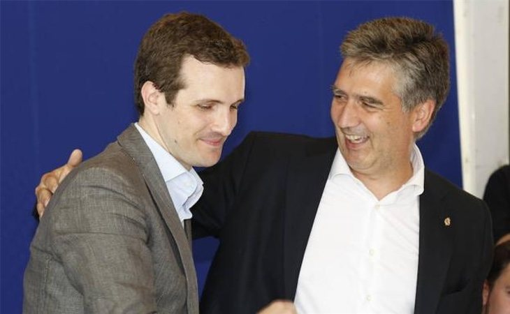 Pablo Casado e Ignacio Cosidó, portavoz del PP en el Senado