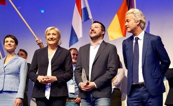 Los socios de Abascal en Europa siempre le relegaron al patio de butacas en sus actos
