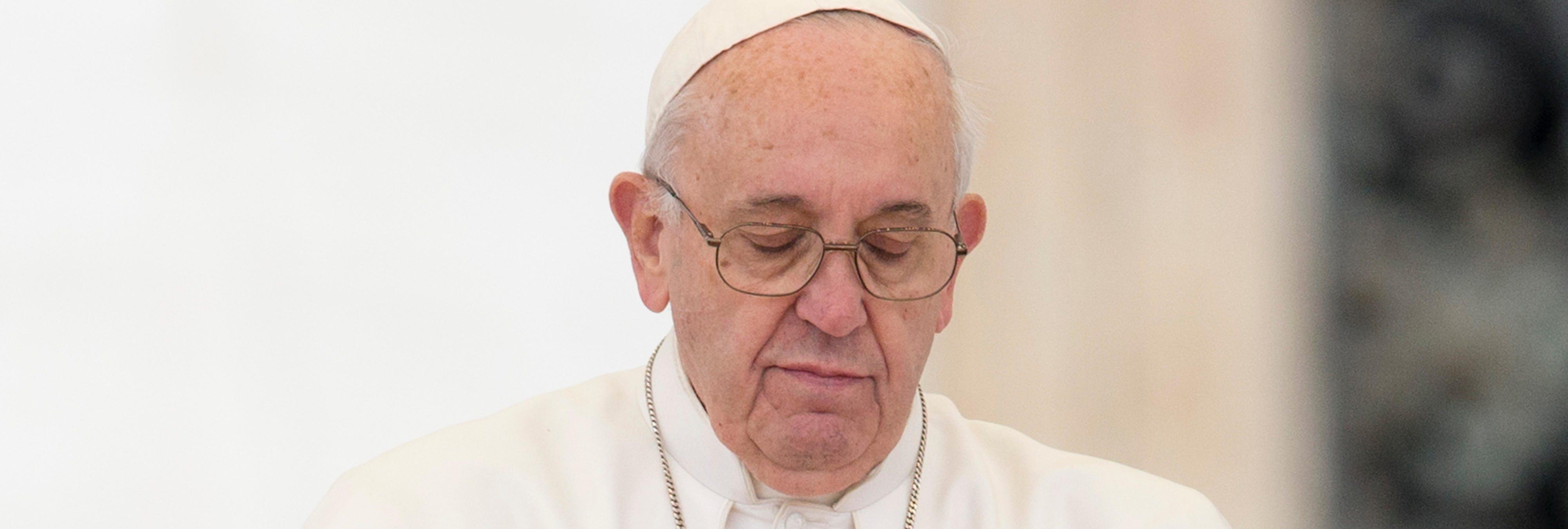 """""""Tenía 11 años y un sacerdote destruyó mi vida"""": el testimonio de una víctima ante el Papa"""