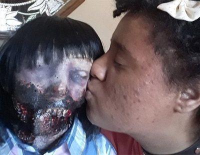 La joven enamorada de su muñeca diabólica finalmente se casa con ella