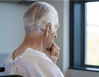 Un estudio afirma que el origen del Alzheimer podría ser una infección en la boca