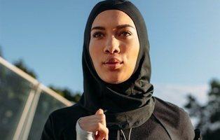 Decathlon retira los hijabs deportivos para mujeres musulmanas tras la polémica desatada
