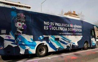 El Ayuntamiento de Barcelona multa con 60.000 euros al autobús anti feminista de Hazte Oír