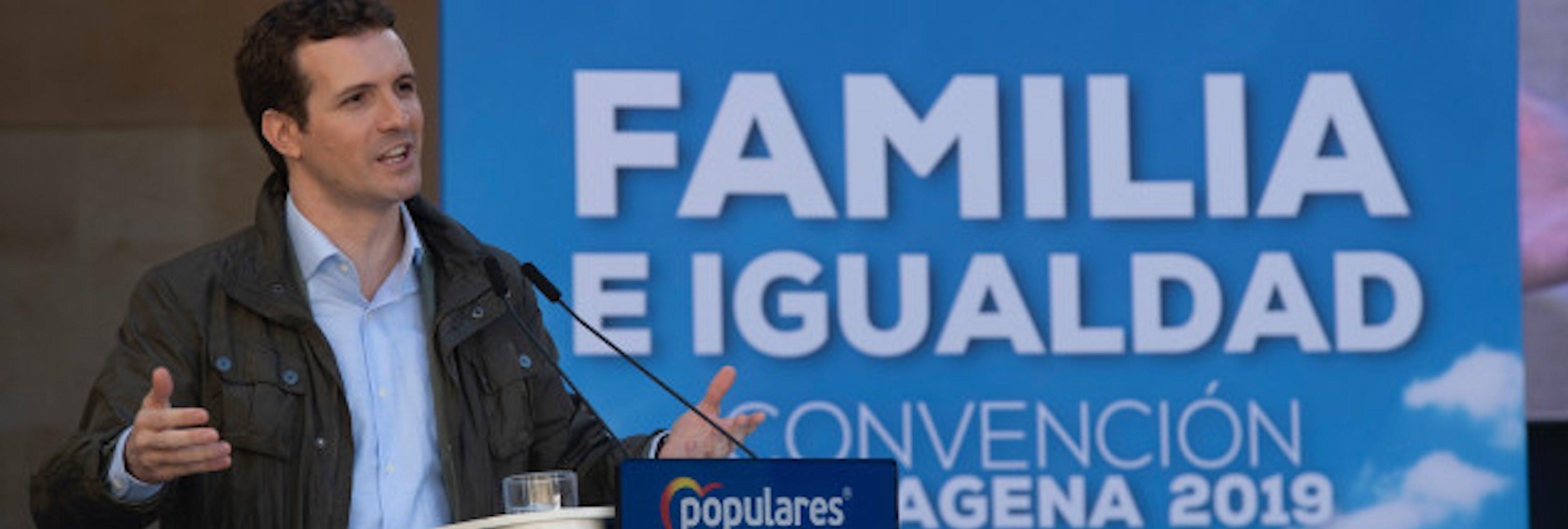 El PP propone retrasar la expulsión de mujeres inmigrantes si dan en adopción a sus hijos