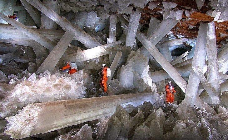 La gente no puede permanecer más de 10 minutos en el interior de la cueva como consecuencia de las altas temperaturas