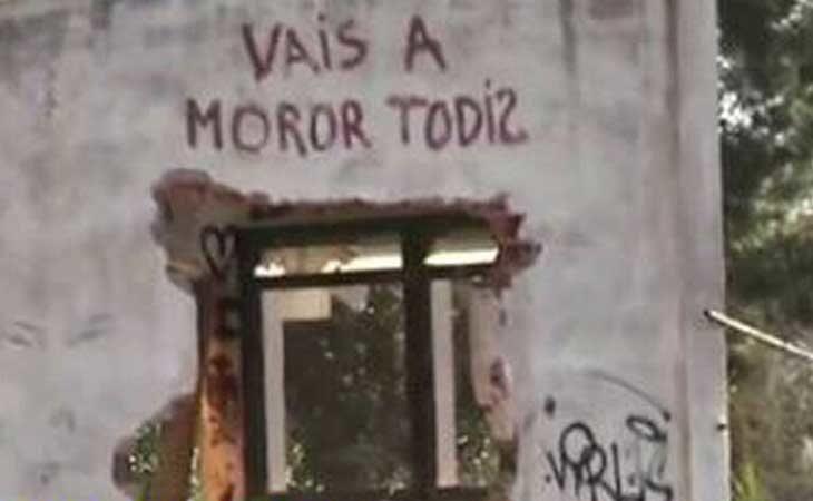 Imagen de una de las paredes donde vivian