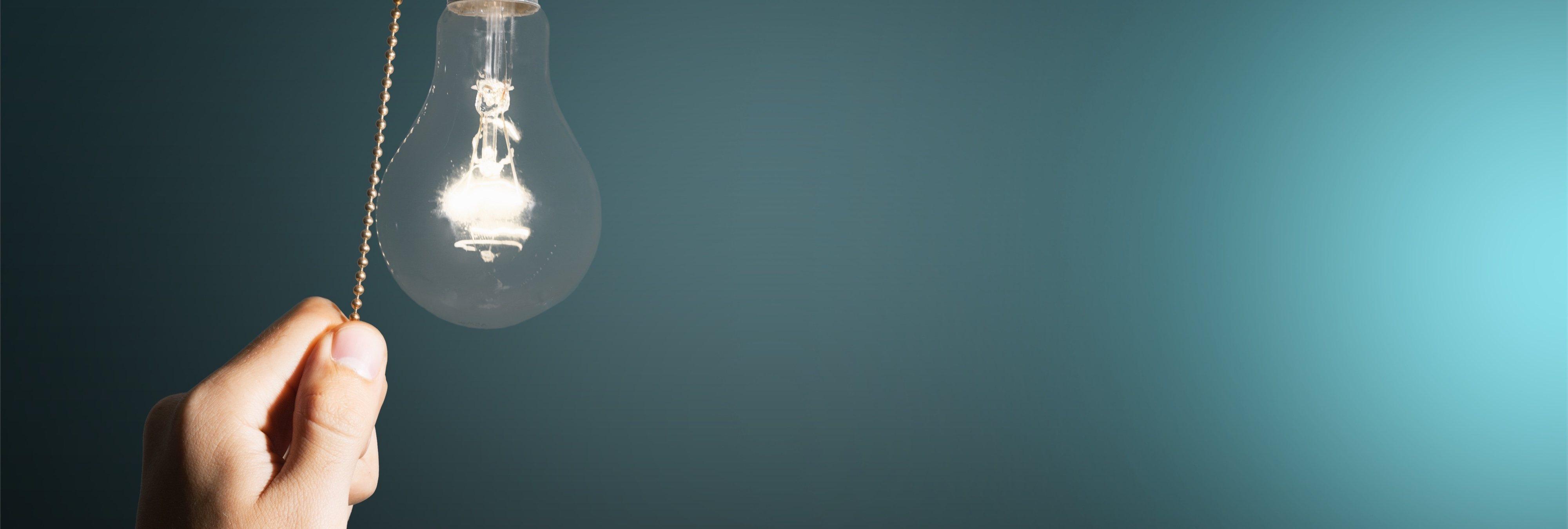 Las compañías eléctricas te están engañando con sus fraudulentos contratos de la luz