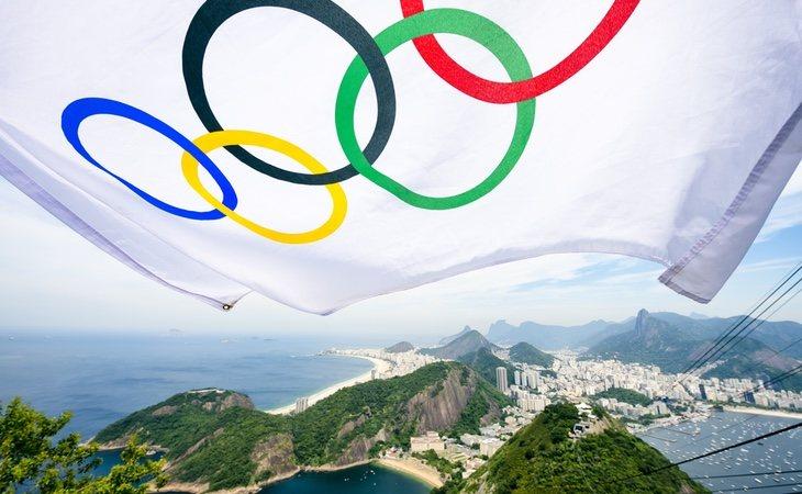 Salia humo de los moviles de los atletas en Río 2016