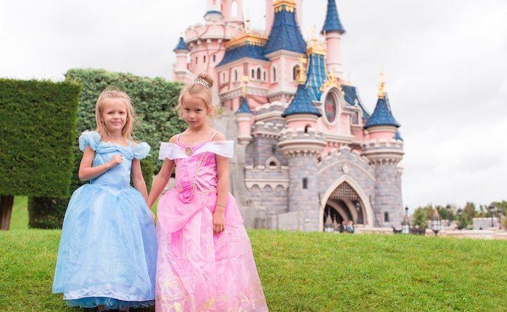 Se busca a una niñera con la misma pasión por Disney que las niñas de la familia