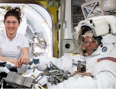 La NASA cancela el primer paseo espacial exclusivamente femenino por falta de trajes
