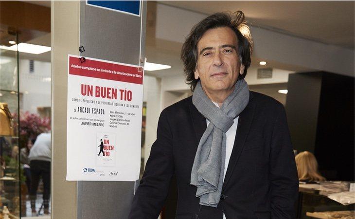 Aracadi Espada en la presentación de su libro 'Un buen tío'
