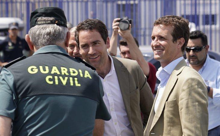 Teodoro García Egea en compañía de Pablo Casado