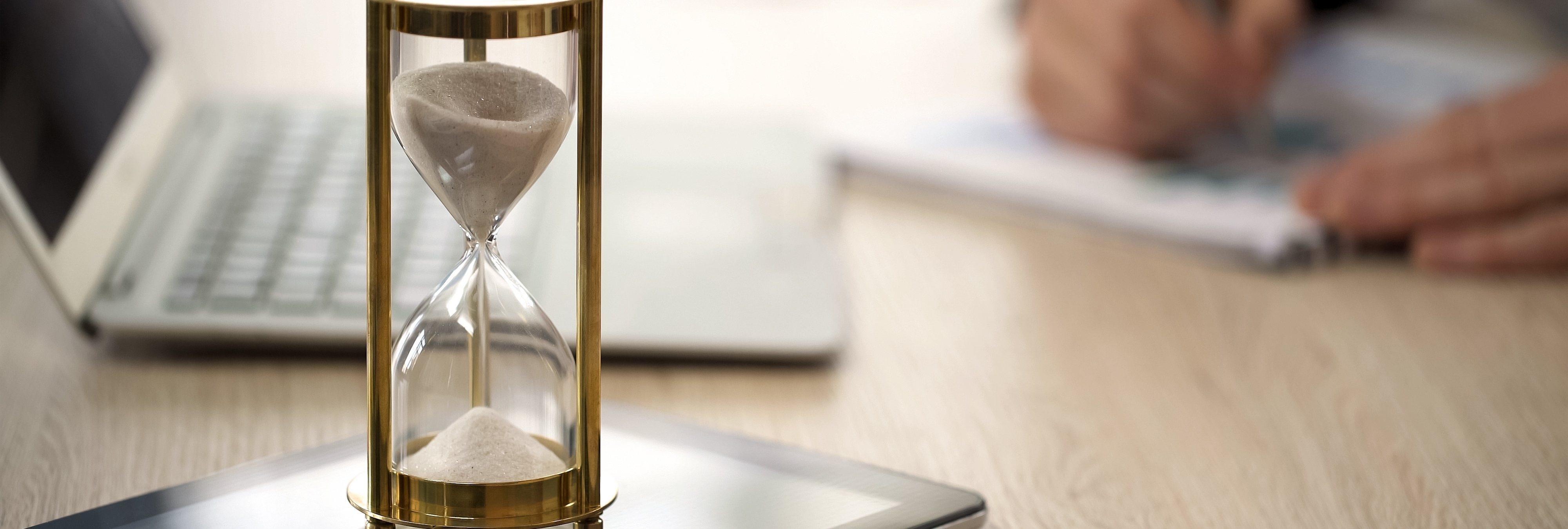 3 millones de horas extra a la semana no se pagan por su mala regulación