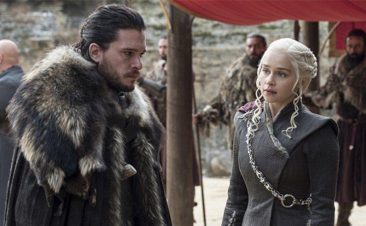 Jon Snow y Daenerya Targaryen, aliados y amantes en la séptima temporada de 'Juego de tronos'